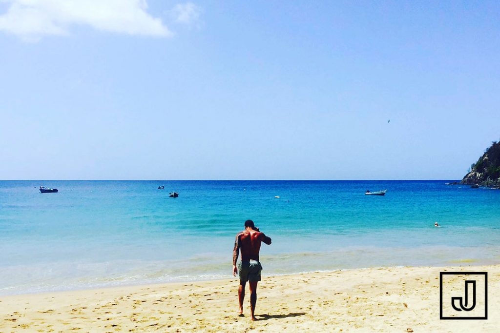 Image of Liverpool Street based personal trainer Jason Jackson on a beach